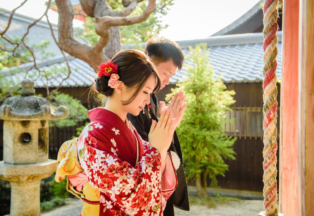 京都大阪和服寫真 和煦逆光和服婚照 Kyoto Osaka Kimono yukata photoshooting 京都攝影師 Yasaka no to, Kyoto photographer